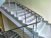 Перегородки из стекла,  душевые кабинки Винтовые лестницы